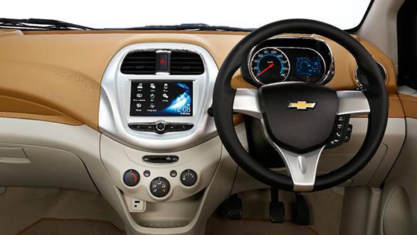 Chevrolet Essentia (8)