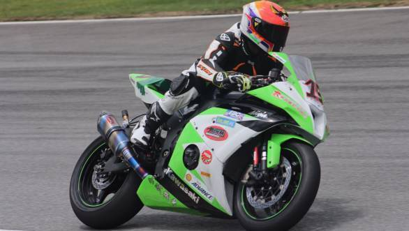 K Rajini testing the Kawasaki ZX-10R at the Zhuhai International Circuit in China