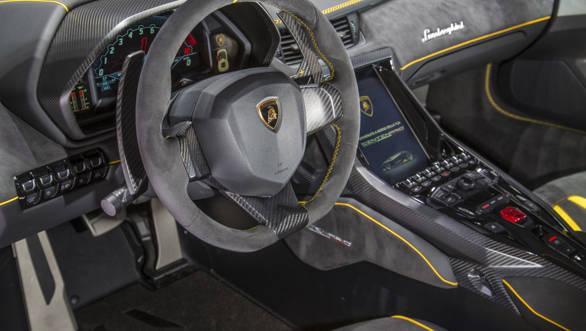 Lamborghini Centenario (1)-2