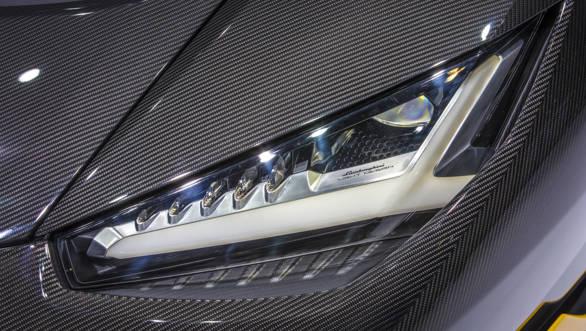 Lamborghini Centenario (10)-2