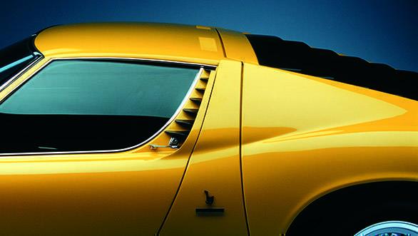 Lamborghini Miura (5)