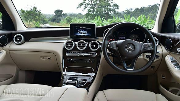 MercedesBenz GLC 13