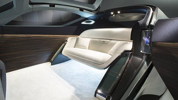 Rolls Royce Vision Next 100 (17)