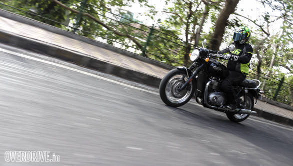 2016 Triumph Bonneville T120 road test review