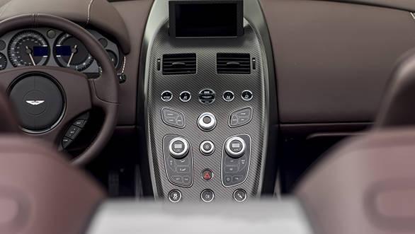 Vantage GT12 Roadster interior