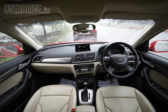 BMW X1 vs Mercedes GLA vs Audi Q3 (2)