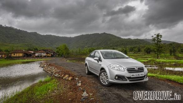 Fiat India cuts prices of Linea, Punto Evo and Avventura by absorbing increasing input costs