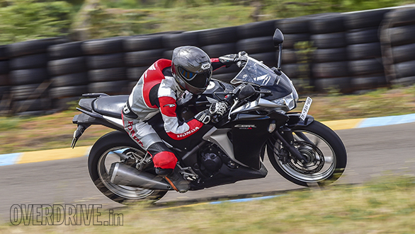 Honda CBR 250R Race Bike (1)