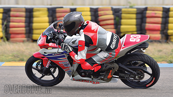 Honda CBR 250R Race Bike (9)
