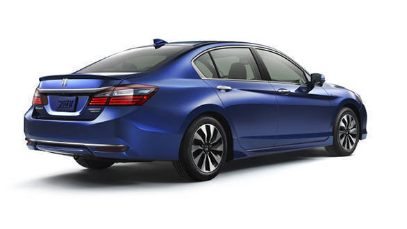 2017 Honda Accord Hybrid (11)