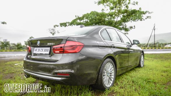 BMW 320i (18)