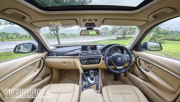 BMW 320i (40)