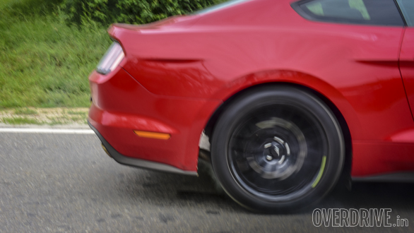 Ford Mustang (8)