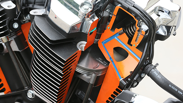 Harley Milwaukee Eight  (2)