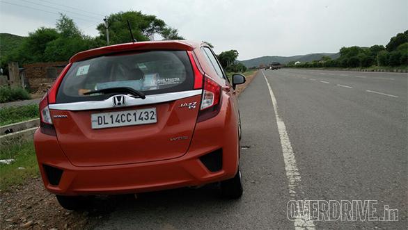 Honda Jazz Aniv Drive (2)