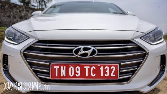 Hyundai Elantra 2016 (15)