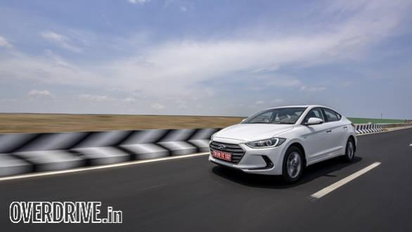Hyundai Elantra 2016 (17)