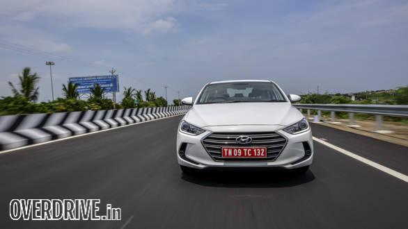 Hyundai Elantra 2016 (18)