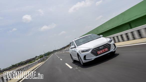 Hyundai Elantra 2016 (23)