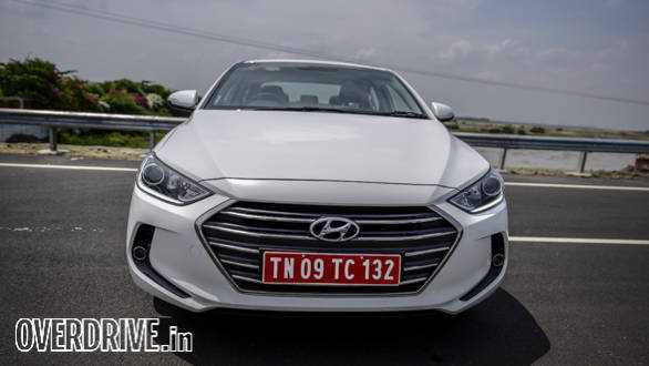 Hyundai Elantra 2016 (30)