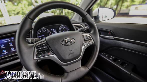 Hyundai Elantra 2016 (46)