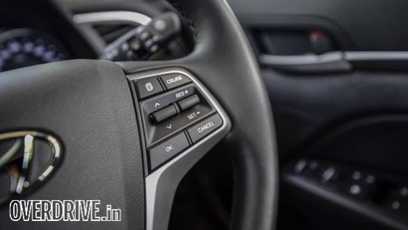 Hyundai Elantra 2016 (48)