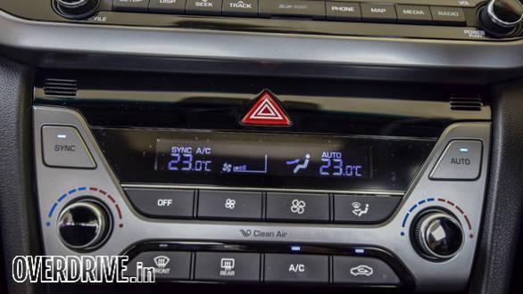 Hyundai Elantra 2016 (58)