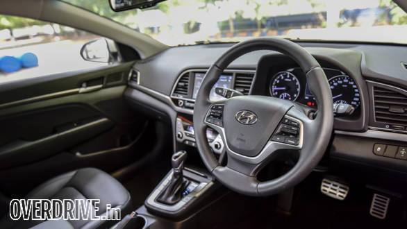 Hyundai Elantra 2016 (59)