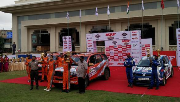 Gaurav Gill and Musa Sherif (centre), winners of the Rally of Maharashtra