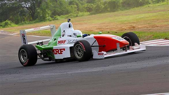 Karthik Tharani racing in the MRF FF1600 championship