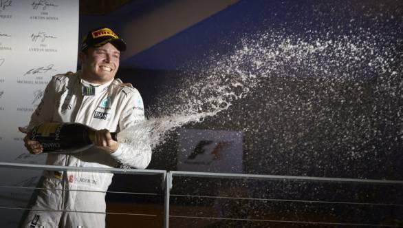 Nico Rosberg celebrates his win at the 2016 Singapore GP