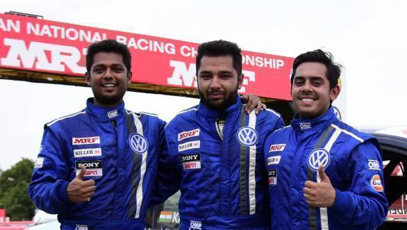 Karminder flanked by second-place man Ishaan Dodhiwala, and third-placed Aditya Pawar