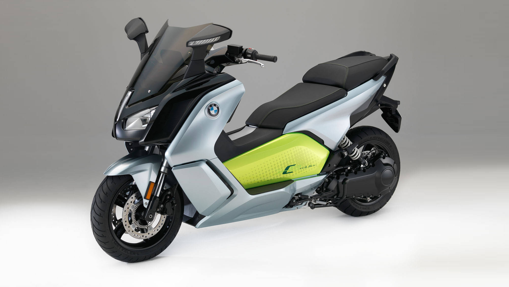 2016 Paris Motor Show: BMW to showcase C Evolution electric scooter