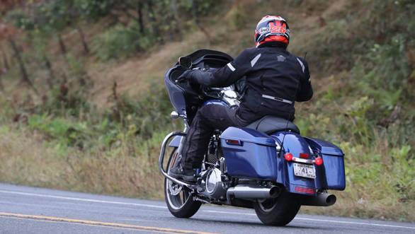 Harley-Davidson Road Glide (1)