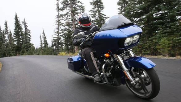 Harley-Davidson Road Glide (3)