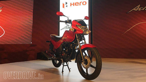 The design of the Hero Achiever 150 is fairly restrained. This is no accident. Hero is targeting customers moving up from a 125 and this staid styling gives them, according to the company, a sense of connection.