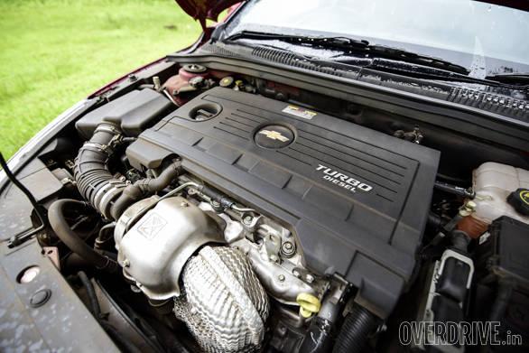 Hyundai Elantra Skoda Octavia Chevrolet Cruze (140)
