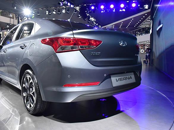 Hyundai Verna 2016 (1)
