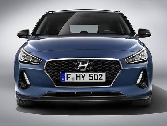 Hyundai i30 three