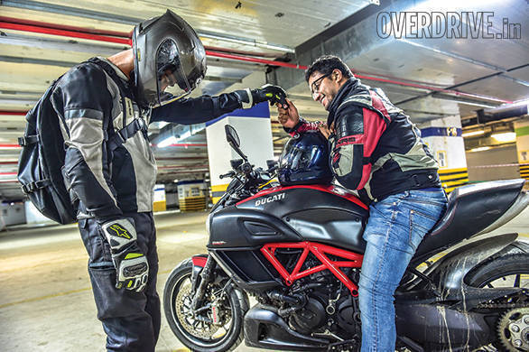 Living With A Superbike Ducati Diavel Carbon Overdrive