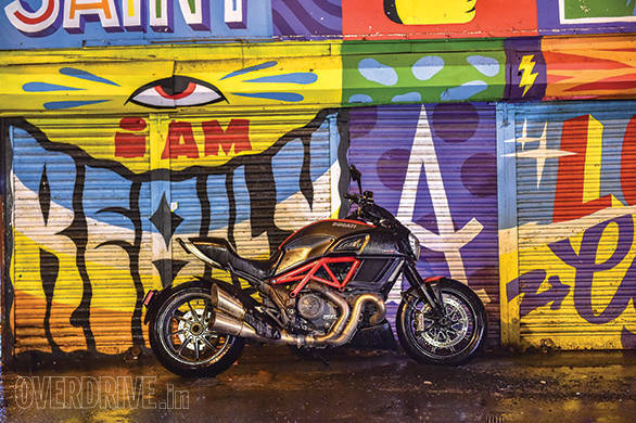 Living With Ducati Diavel (20)