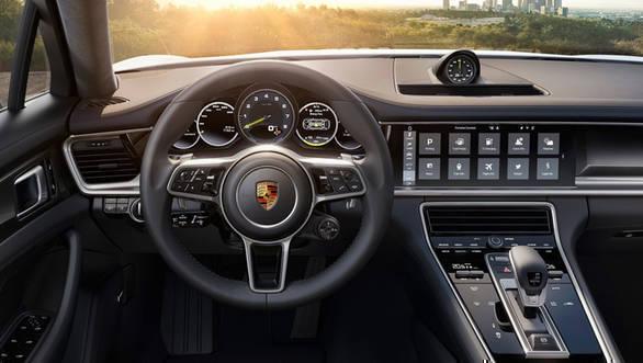 Porsche Panamera 4 E-Hybrid 3
