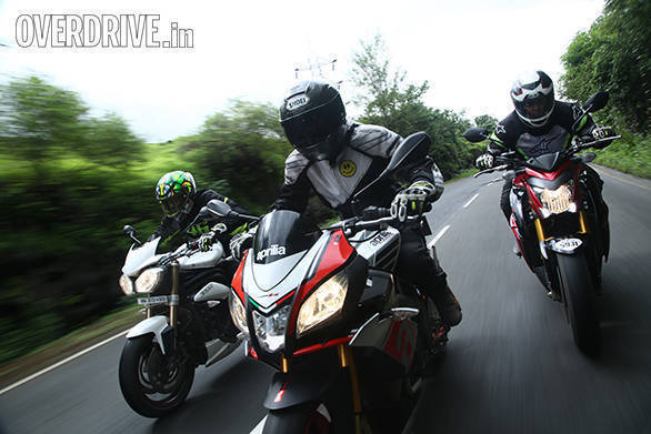 aprilia tuono vs suzuki gsx-s1000 vs triumph speed triple (15)