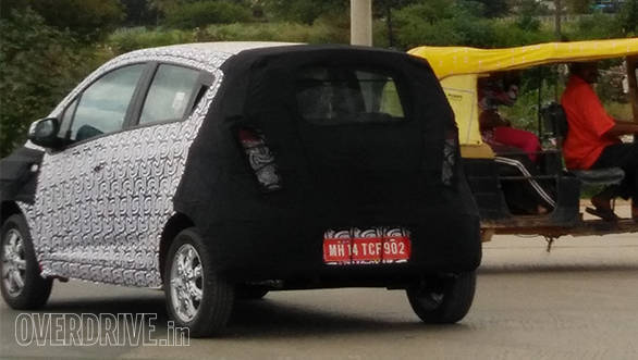 Spied: 2016 Chevrolet Beat facelift spotted testing in India