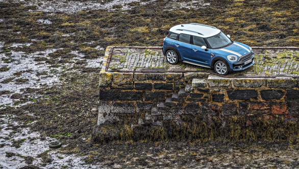 2017 Mini Countryman Gallery Images (33)