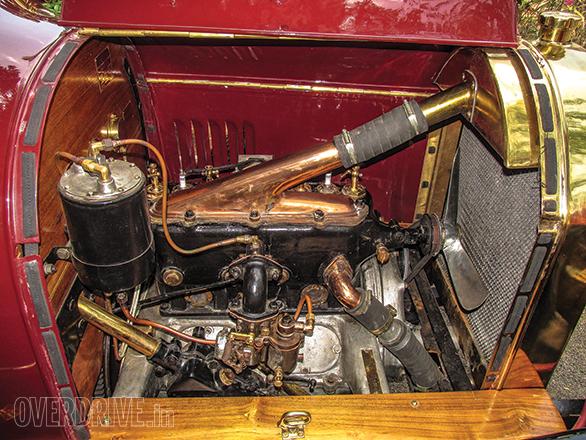 Benz Model Runabout Tourer (10)