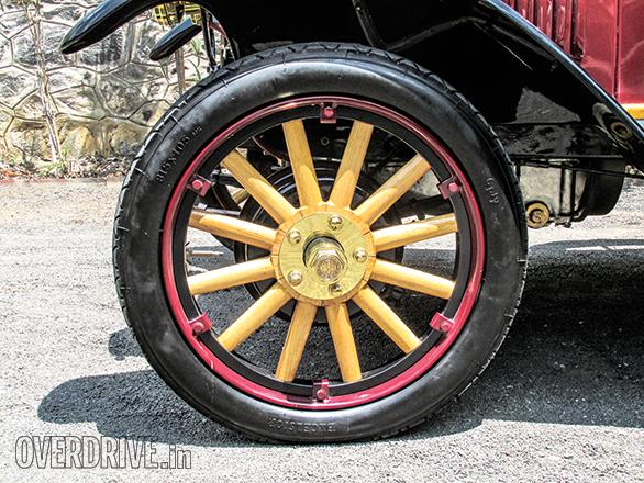 Benz Model Runabout Tourer (4)