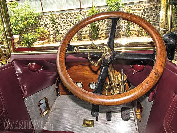 Benz Model Runabout Tourer (9)