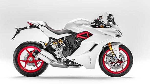 Although derived from the Hypermotard 939, the Supersport's engine has as much as 80 per cent different internals