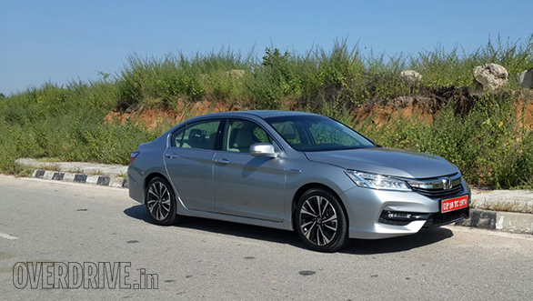 Honda Accord Hybrid (1)